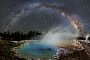 Milky Way over a hot spring @ Yellowstone